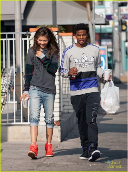 Previously rumored that the British actor was dating actress Nickelodeon, Ciara Bravo.
